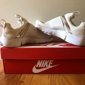 Girls Nike Presto Extreme SE Shoes Phantom/ Metal